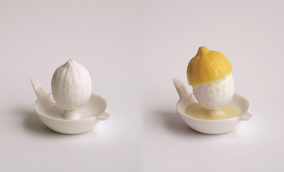 〈Lemon Squeezer 2〉, 2007, 105×95×145mm, Porcelain