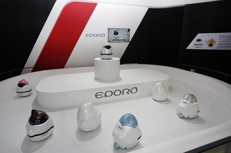 닛산의 자율주행 로봇카 에포로 시연 모습