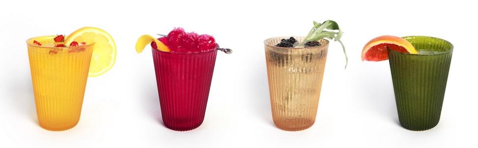미국 업체 롤리웨어 바오디그레더블스(Loliware Biodegr(edible)s) 사에서 디자인된 혁신적인 테이블웨어 시리즈 중 컵 디자인은 한천(agar)을 주원료로 만들어졌다. 기존 플라스틱 컵을 대체할 수 있는 친환경 제품으로, 아이스크림 콘처럼 씹어 먹을 수 있고 쓰레기로 폐기되면 자연 분해된다. 2015년 3월부터 개당 가격은 우리 돈으로 만 원이 넘어 대중화하기에는 아직 고가인 것이 단점이다. Image courtesy: LOLIWARE