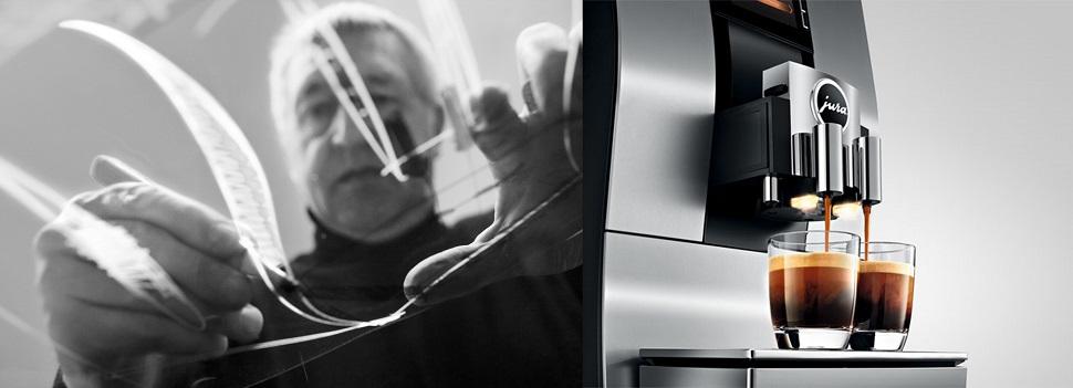 유라의 수석 디자이너 베르너 젬프(좌), 전자동 커피머신 Z6(우)(사진제공: 유라(JURA))