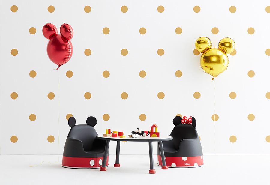 미키, 미니마우스 아코 소파와 피넛형 책상 (사진 출처: 일룸 홈페이지)
