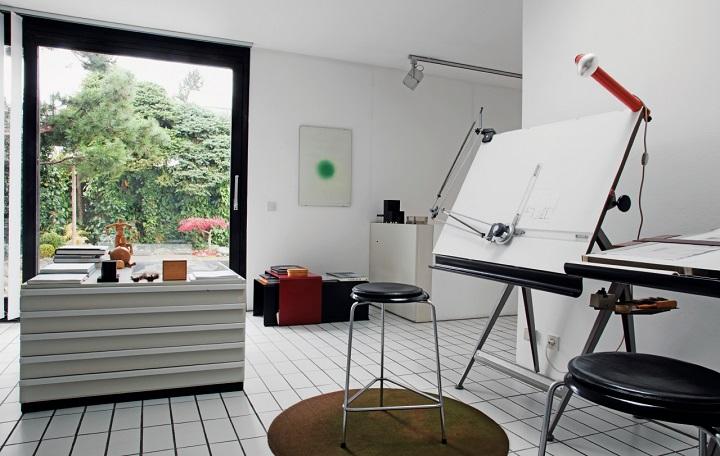 디터 람스의 집에 위치한 그의 작업실 풍경 ⓒ Phaidon