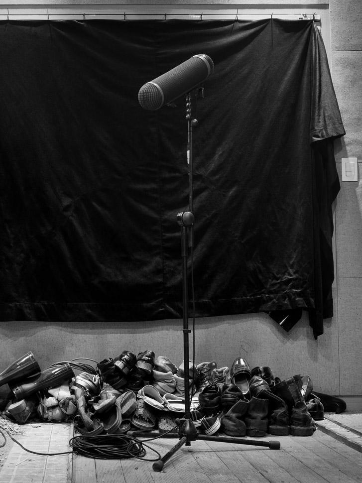 〈새와 우산 n.23〉, 아카이벌피그먼트프린트, 120x90cm, 2015