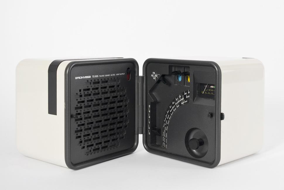 브리온베가 '라디오 큐브 TS505a' 는 라디오 디자인의 영원한 클래식이 되었다. 1970년대 초 생산. Photo: ⓒ Miriam Raneburger