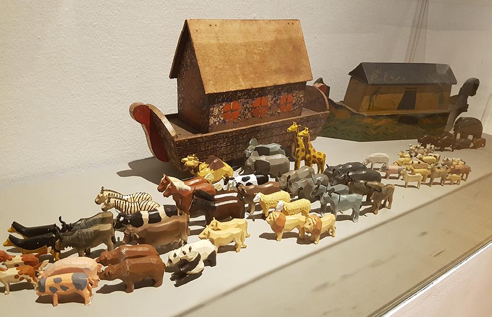 19세기 유럽에서는 성경의 '노아의 방주'가 아이들을 위한 중요한 장난감이었다.