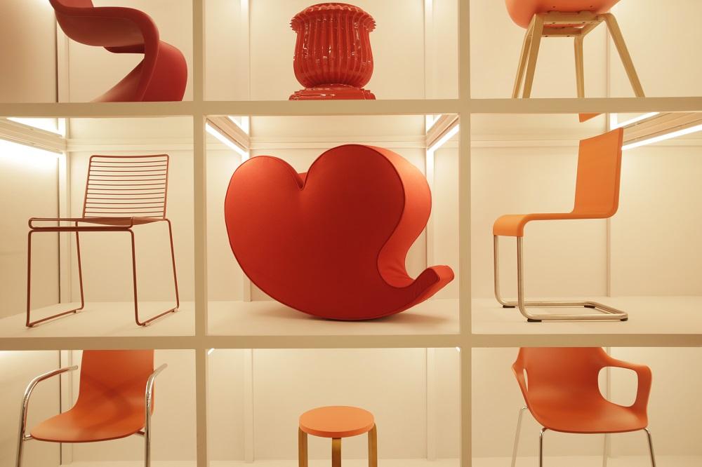 시그니처 가구가 나타내는 컬러, 디자인과 색, 재료의 질감, 구조적 형태의 조화를 보여준다. ⓒMOROSO