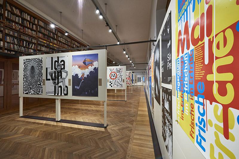 MAK-Ausstellungsansicht, 2017. 100 BESTE PLAKATE 16. Deutschland Ö sterreich Schweiz MAK-Kunstblättersaal © MAK/Georg Mayer