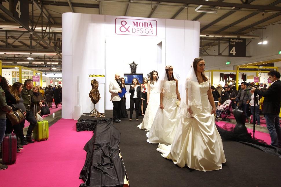 아티자노 인 피에라 패션 부분의 브랜드 패션쇼