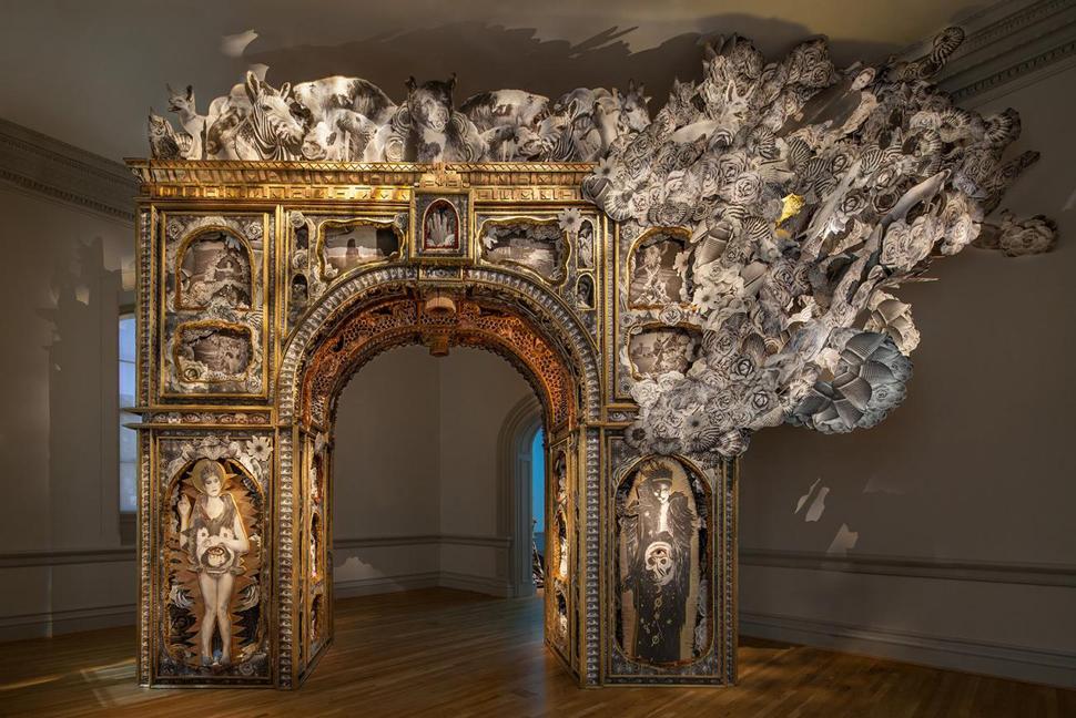 Michael Garlington and Natalia Bertotti, Paper Arch, 2018