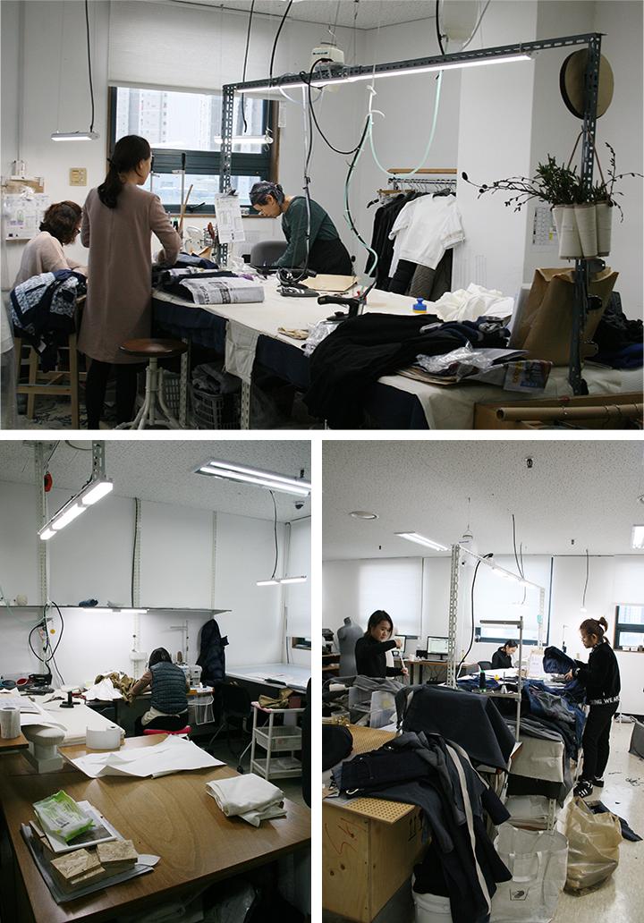 래코드 안양작업실에는 패턴, 봉제 장인들이 상주하며 함께 디자인에 대해 의논하며 작업한다.