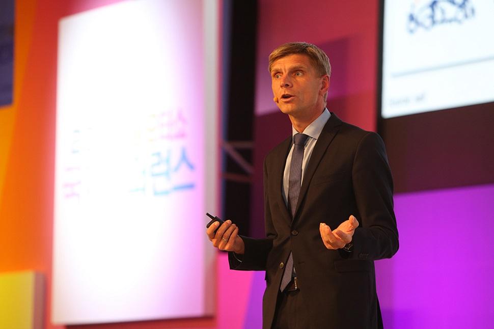 국제 컨퍼런스, 스탠포드대학교 경영대학원 교수이자 前 스탠포드 자동차 연구센터장(CARS) 스벤 베이커(Sven A. Beiker)