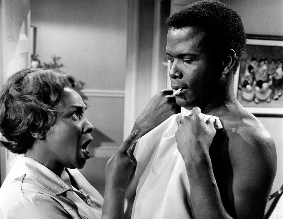 흑인 의사와 백인 여성의 결혼을 둘러싸고 벌어지는 갈등을 담은 영화 〈Guess Who's coming to dinner〉 ©The Museum of Modern Art