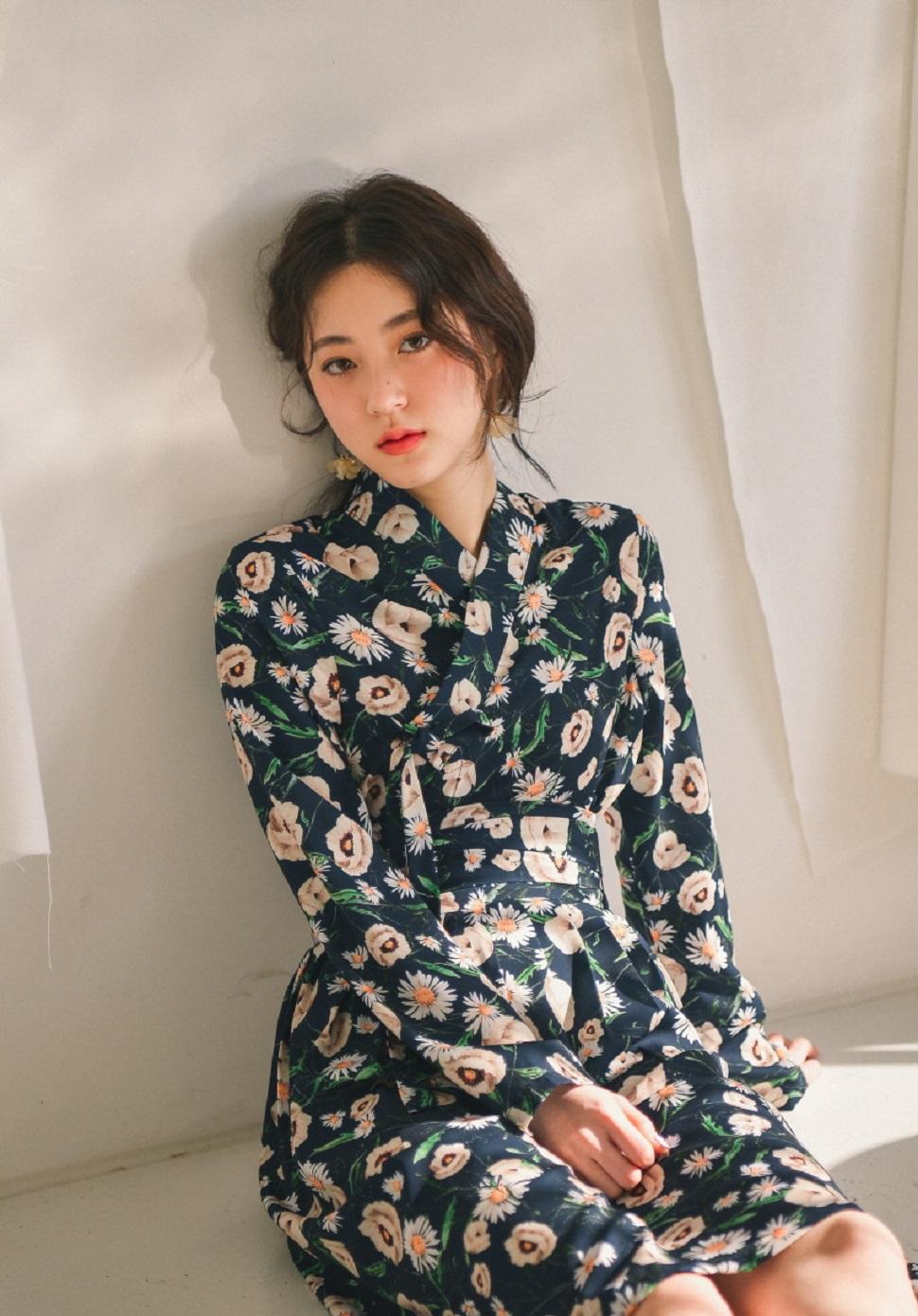 """봄날 시리즈 中 """"오후의 꽃밭""""©한땀한땀 생활한복"""