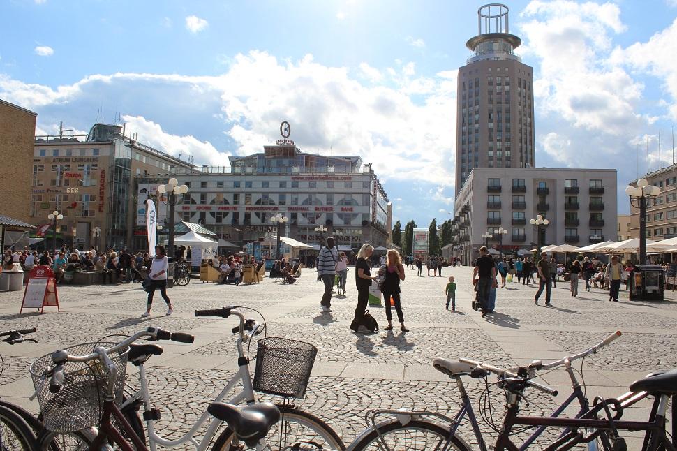 북유럽의 자전거 문화는 대단히 활성화되어 있고 이미 그들의 일상이 되어 있다.
