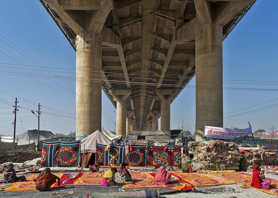 인도 알라하바드에서 열리는 쿰바멜라 축제. © 2013 Dinesh Mehta.