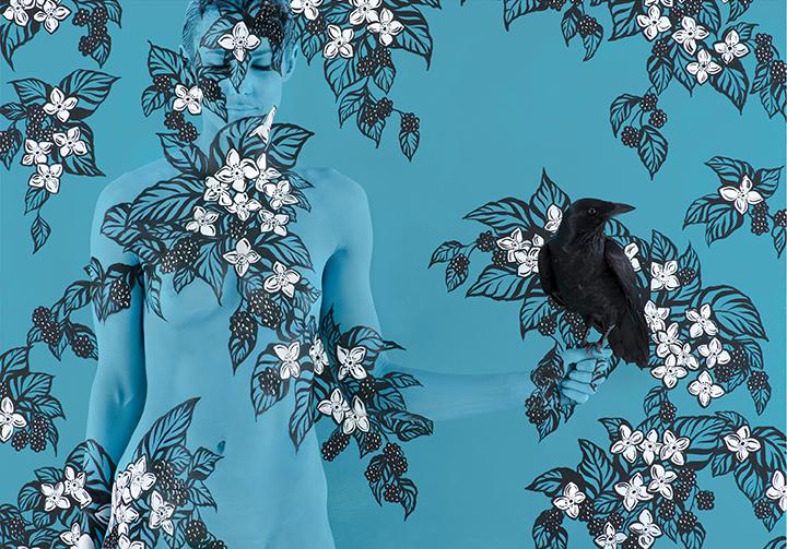 엠마 핵, <블랙베리와 까마귀(Blackberries and Crow)>(사진제공: 사비나미술관)