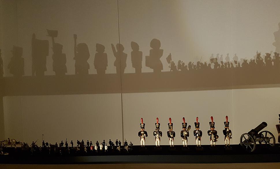 유럽의 문화와 역사를 보여주는 '전쟁과 병정인형'