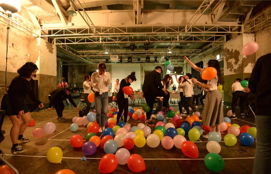 사이사이워크숍은 2016년에 진행한 행사로, 전시에는 결과물이 전시되었다.