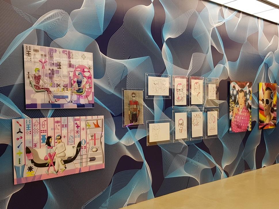 그는 디지털 시대의 새로운 예술을 제안한다. 컴퓨터 그래픽으로 완성된 새로운 작업들.
